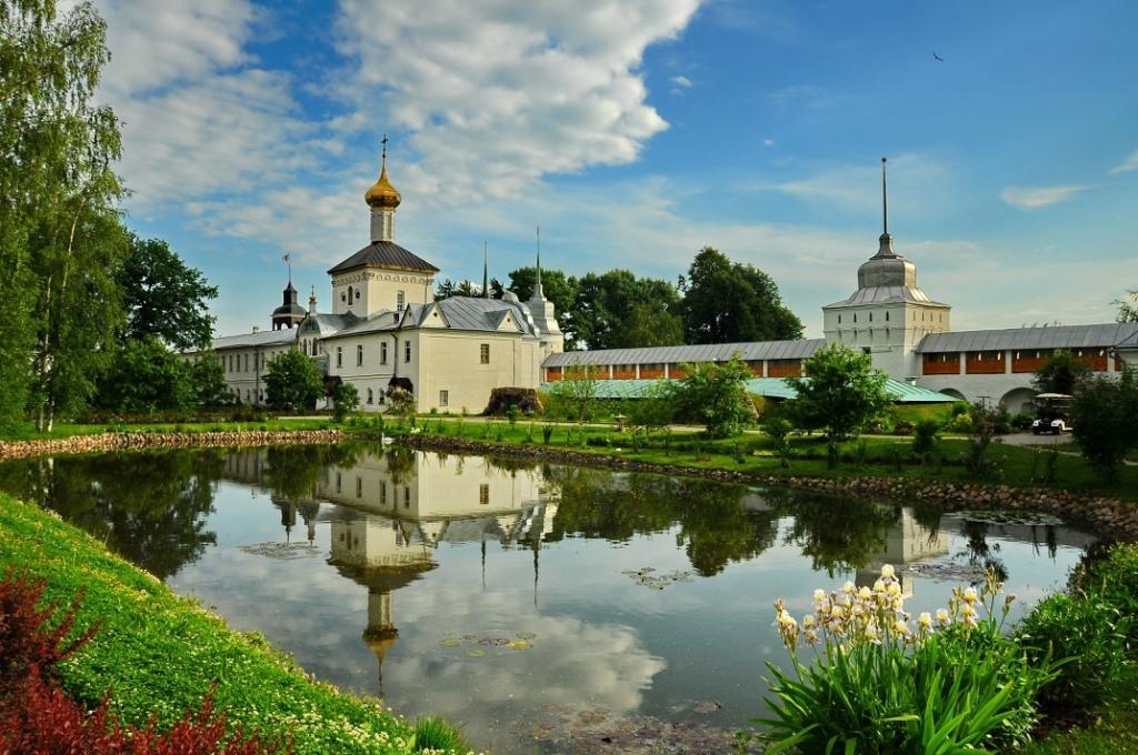 Картинки по запросу ярославль толгский монастырь